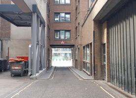 London's Alleys: Bear Alley, EC4
