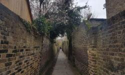 London's Alleys: Patten Alley, TW10