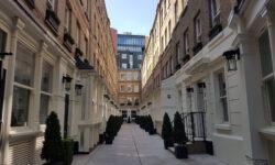 London's Alleys: Dyer's Buildings, EC1