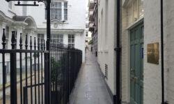 London's Alleys: Exchange Court, WC2