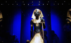 Exhibition Review: Tutankhamun comes to London