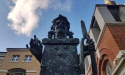 London Public Art: The Pimlico Priapus
