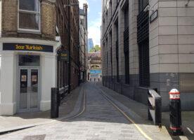 London's Alleys: Poppin's Court, EC4