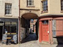 London's Alleys: Carmarthen Place, SE1
