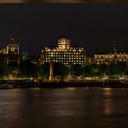 Saving the Night – public lighting along the river in London