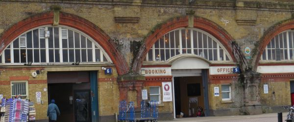 Passengers No More: lost and forgotten railways of London