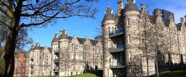 Grand Designs for Health & Wellbeing in the Victorian Hospital