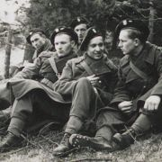 Sikorski's Tourists: The Polish Armed Forces in Britain, 1939-45