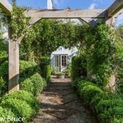 Visit a garden - 11 Ernle Road (Wimbledon)