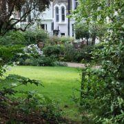 Visit a garden - Arundel & Ladbroke Gardens (Notting Hill)