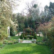 Visit a garden - 41 Southbrook Road (Lee)