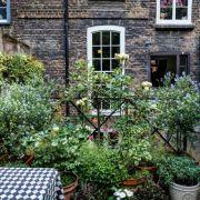 Visit a garden - Spitalfields Gardens