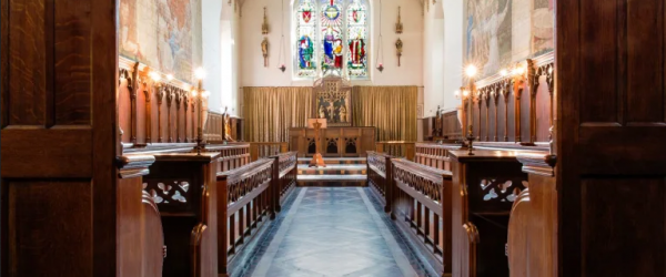 Challenging heritage environments: the chapel, Fulham Palace
