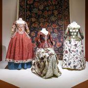 Chintz: Cotton in Bloom