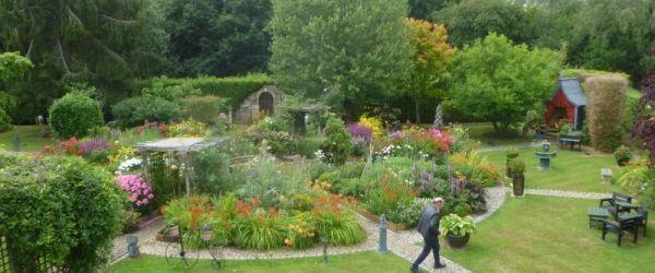 Visit a garden - Buckhurst Road (Westerham)